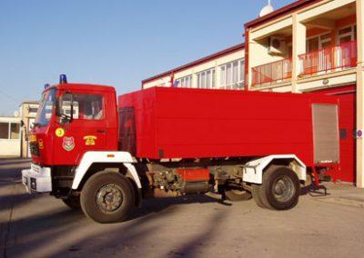 Auto cisterna 3